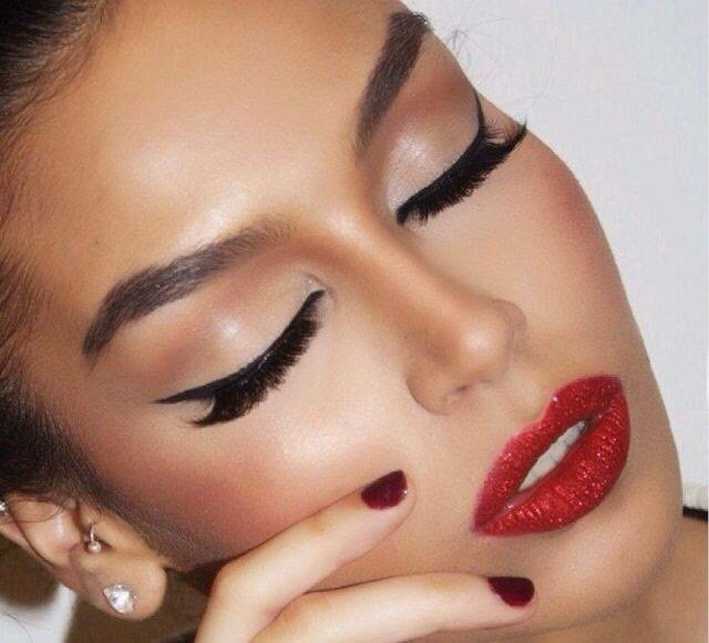 Red Shimmer Lips and Cat Eye