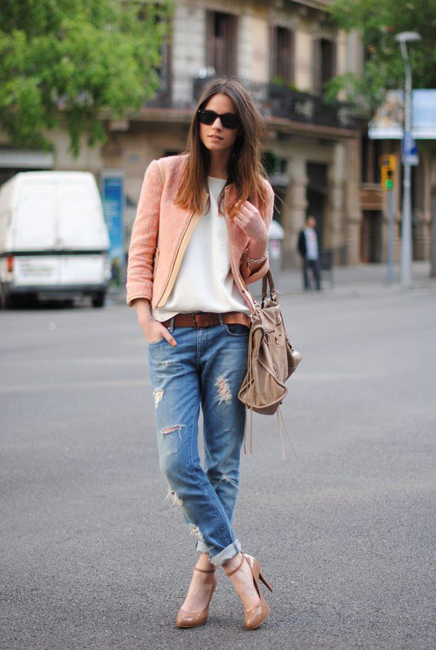 Ripped Jeans Outfit Idea with Pink Jacket