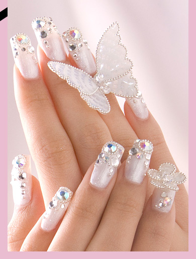 Romantic Wedding Nail Design to Try