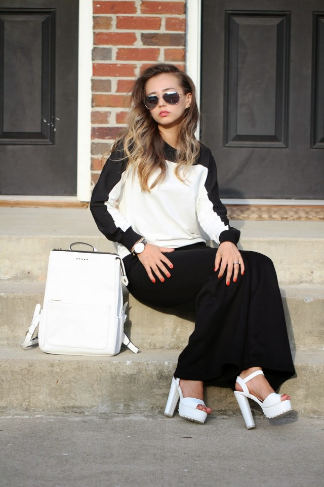 Sassy Black and White Outfit Idea