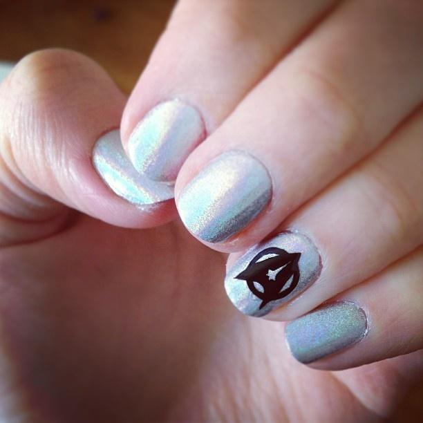 Silver Star Trek Nail Design