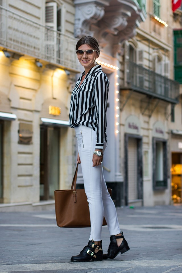 Stylish Black and White Stripe Blouse Outfit Idea