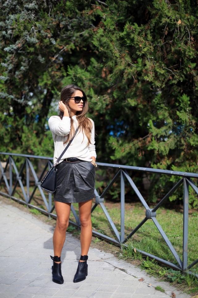 Trendy Black and White Outfit Idea