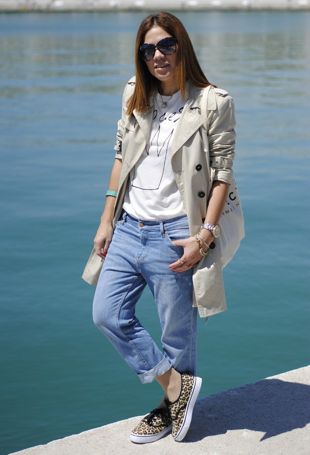 Trendy Outfit Idea with Boyfriend Jeans