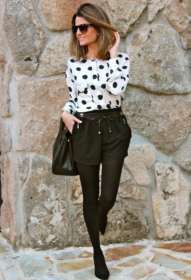 Trendy Polka Dot Outfit Idea