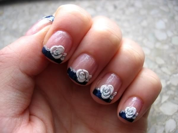 White Roses Nails for French Manicure
