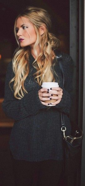 Beautiful Long Blonde Wavy Hairstyle