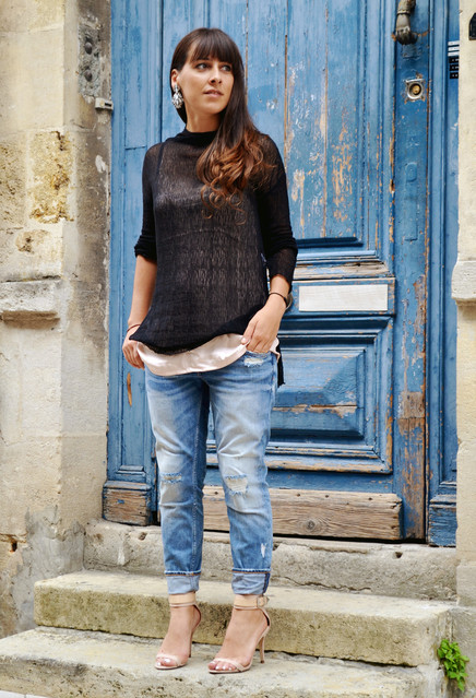 Black Lace Sweater and Jeans Outfit for Fall