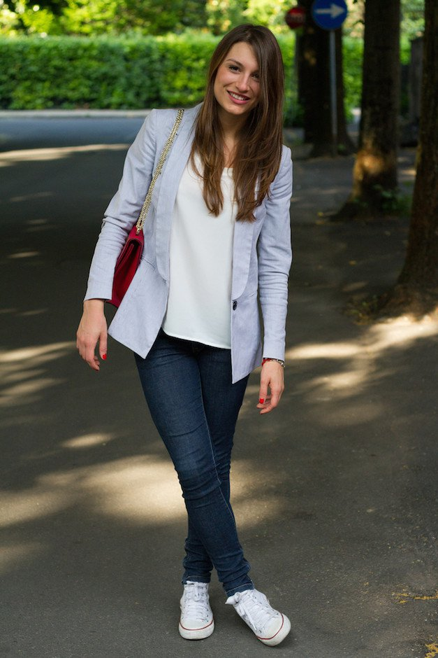 Blazer Outfit Idea with Sneakers