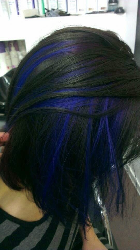 Blue Highlighted Black Bob Hairstyle