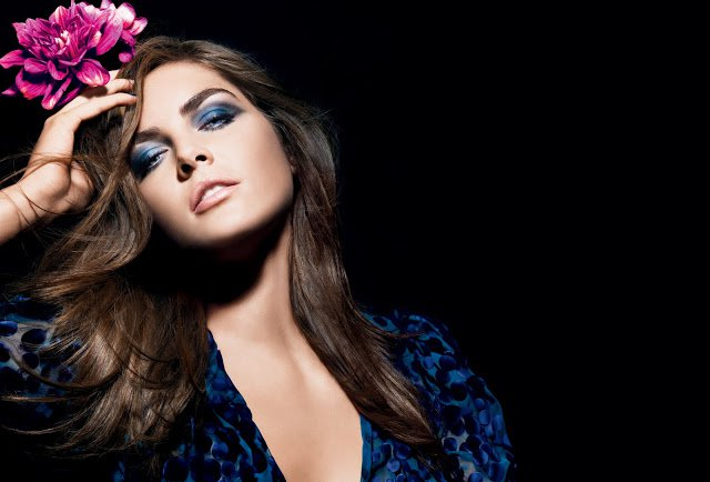 Blue Smoky Eye Makeup Idea