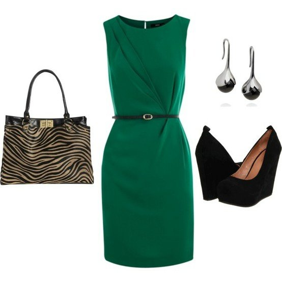 Chic Green Dress Outfit Idea for Work