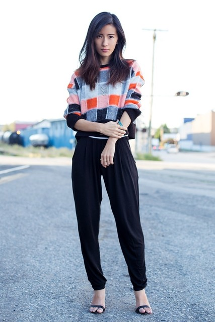 Chic Sweater Outfit Idea for Fall