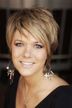 16 Great Short Shaggy Hairstyles for Women - Pretty Designs