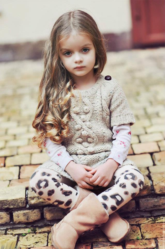 Faddish Outfit Idea for Little Girl