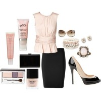 Feminine Outfit Idea for Work
