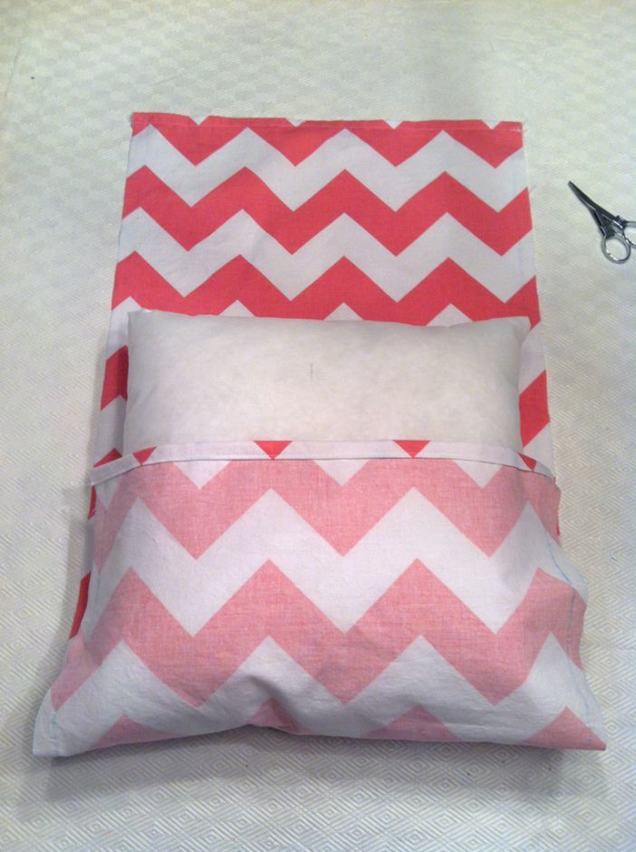 Make Easy Decorative Pillow Cover : 10 Decorative DIY Pillow Tutorials - Pretty Designs