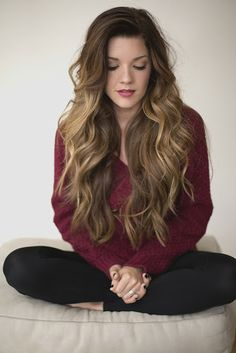Glamorous Long Wavy Hairstyle for Thick Hair