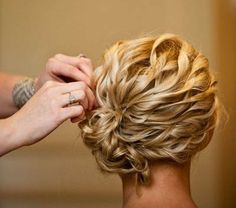 Phenomenal 16 Pretty And Chic Updos For Medium Length Hair Pretty Designs Short Hairstyles Gunalazisus