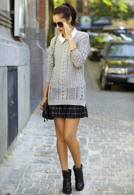 Gray Sweater Outfit for Fall