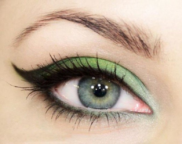 Green Eye Shadow for Green Eyes