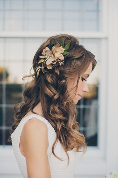 Half Up Half Down Wedding Hairstyle With Flower Pin