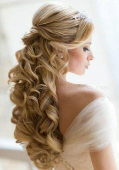 Half Up Half Down Wedding Hairstyle for Blond Curly Hair