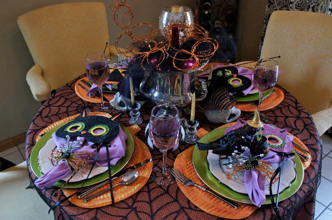 Halloween Table with Stylish Tableware