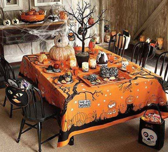 halloween table with a decorative tree - Halloween Table Decoration