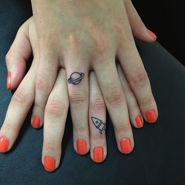 Interesting Finger Tattoo