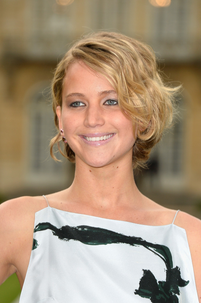 Jennifer Lawrence Messy Bob