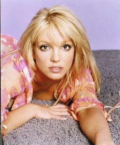 Layered Straight Hair for Britney Spears Hairstyles