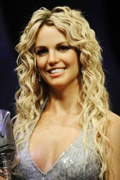 14 Awesome Britney Spears Hairstyles Pretty Designs