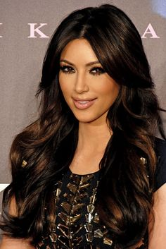 Long Wavy Brunette Hairstyle