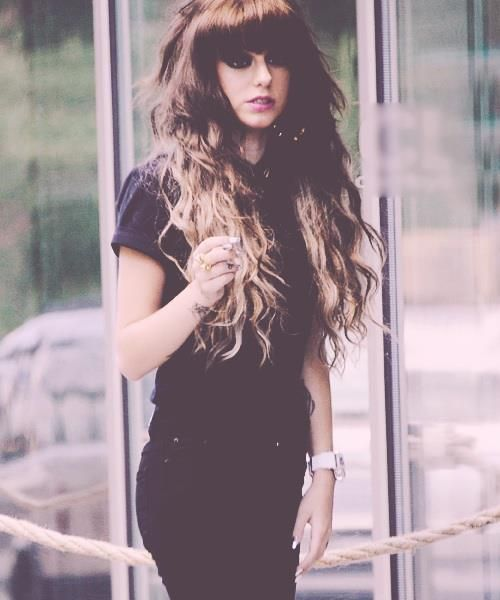 Long Wavy Hair for Cher Lloyd Hairstyles