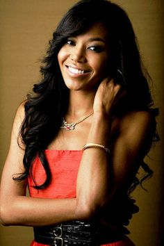 Long Wavy Hairstyle for Black Women
