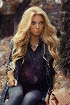 12 Classy Chic Long Wavy Hairstyles Pretty Designs