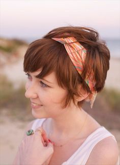 Lovely Headband Hairstyle for Thick Hair