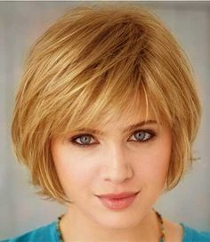 Lovely Short Layered Blond Hairstyle