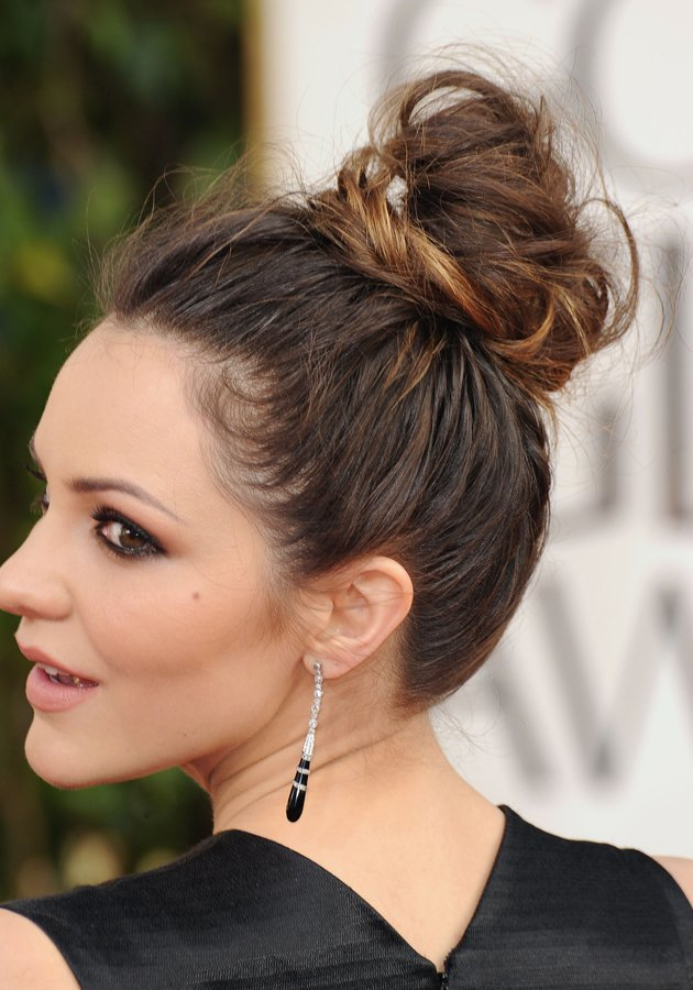 Fine Beautiful Messy High Bun Hairstyles To Try Pretty Designs Hairstyle Inspiration Daily Dogsangcom