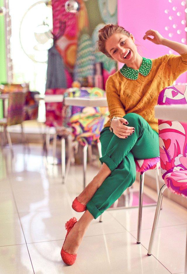 Retro-chic Outfit Idea for Women