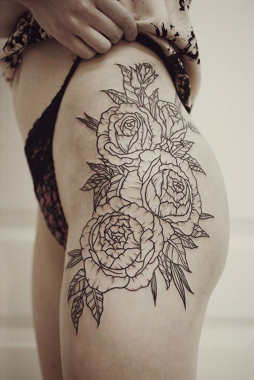 20 thigh tattoo designs for every woman pretty designs. Black Bedroom Furniture Sets. Home Design Ideas