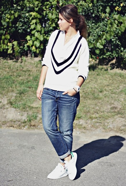 School Style Sweater for Women