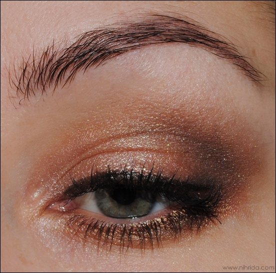 Shimmer Eye Makeup Look for Green Eyes