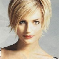 Short Blond Haircut for Round Faces