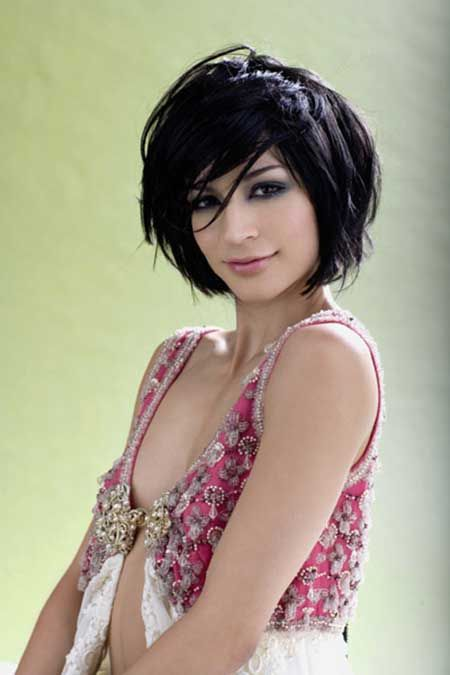 12 Fabulous Short Hairstyles for Thick Hair | Pretty Designs