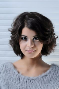 12 Fabulous Short Haircuts For Round Faces Pretty Designs