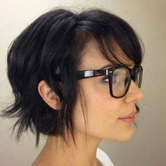 Surprising 12 Fabulous Short Hairstyles For Thick Hair Pretty Designs Short Hairstyles Gunalazisus