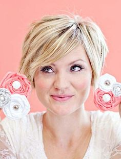 17 pretty hairstyles for round faces  pretty designs
