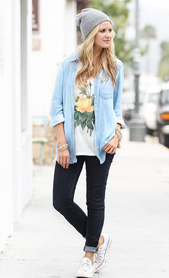 Street Style Outfit Idea with Denim Shirt